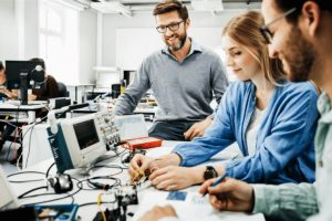 Engineering Students Must Work On Projects Outside Of College
